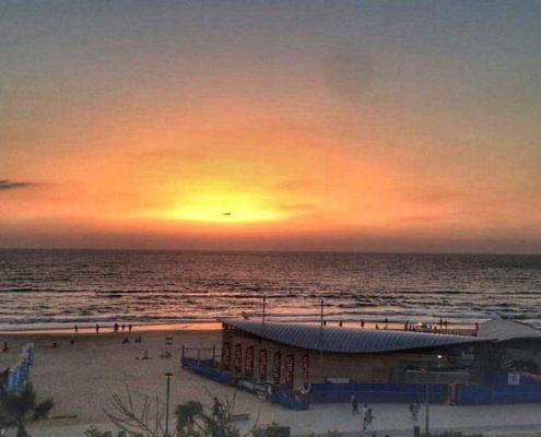 חוף 4 על 4 ראשון לציון